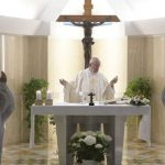 """Papa: """"intuição cristã e oração pelos corruptos"""""""