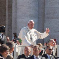 Papa à Venezuela: seguir o exemplo do médico dos pobres pela paz e reconciliação nacional