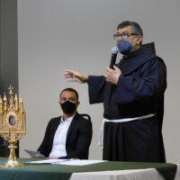 Imagem centenária de Santo Antônio visita a Prefeitura de Osasco