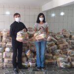 Anjos anônimos fazem doação de 500 cestas básicas