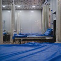 Papa: nenhum doente fique só. Sistema de saúde gratuito e acessível a todos